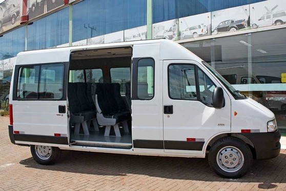 47f807f9ff5 Quanto Custa Locação de Van com Motorista Ubatuba - Locação de Van e Micro  ônibus